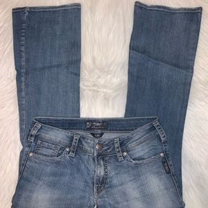 Silver suki women size 29x30 jeans Y